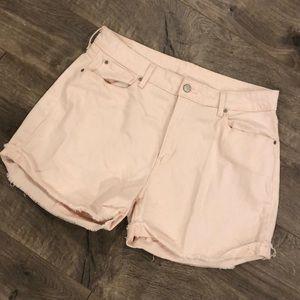 Levi's Signature Shorts Size 14 High Rise Pink